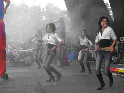 Modern Dancer Primadona